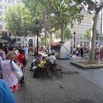 Queue at Plaça de Catalunya