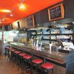 Le Bar & Cuisine Ouverte