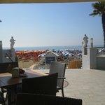 Panorama dalla terrazza al mezzanino fronte mare