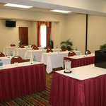 Hampton Southwest offers comfortable accommodations for your meetings