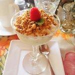 Vanilla Greek Yogurt with Fresh Fruit and Granola