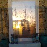 specchio con tramonto