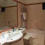 Otro ángulo del baño