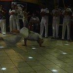 espectáculo de capoeira