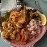 The beautiful seafood platter for one - enjoy!