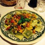 Lermini alle ortiche con verdure dell'orto