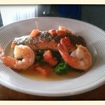 Alaska Peppercorn salmon, shrimp,broccoli rabe,in a light lemon sauce