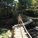 puente para acceder al pueblo