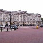 Inglaterra, Londres, Palacio de Buckingham. Decepción, se espera más de lo que es.