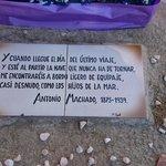 Texto sobre la tumba