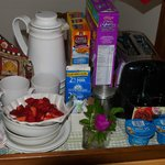 Strawberries, bagels, yogurt, etc