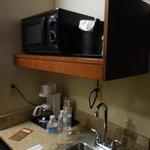 Microwave/Sink