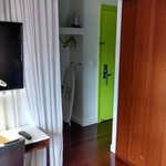 Entryway/Front Closet