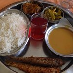 Fish Curry Rice...a type of thali!!