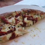 Chicken Sundried Tomatoes Pizza