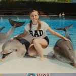 photo with the dolphins :D