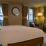 Parisian Junior Suite – Sleeping Area
