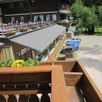 Terrasse: unter Die Zimmermannsarbeit in Hochsaison...