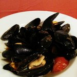 mussel in garlic and spicy sauce