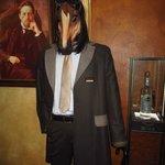 Теперь я знаю какой он!!! Конь в пальто!))0