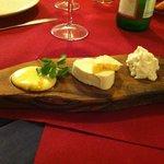 Antipasto misto formaggi locali