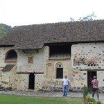 Церковь св.Николая под крышей.