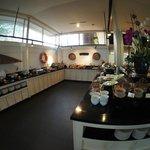 The Bunglow - Buffet Breakfast