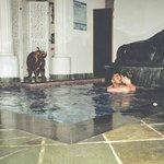 Disfrutando de la piscina