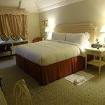 Lord Antrim suite bedroom