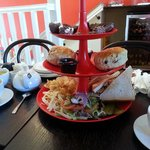 Afternoon tea for 2, very nice :-)