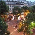 Вечерний бульвар Монмартр