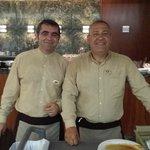 trabajadores del buffet