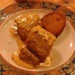 Merluza de pincho con salsa de erizos....