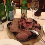 Ottima fiorentina per due...carne sempre di ottima qualità...