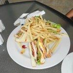 ENJOY GOOD FOOD AT THE 7TH FLOOR BAR