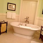 The lovely tub in our glorious bathroom. Doors behind slide open & terrace/harbor are visible.