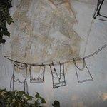 Detalhe da decoração feita com arame