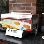 Great automatic waffle maker- looks like a fax machine
