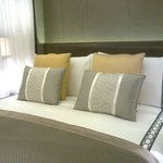 ..awesome bed in suite..
