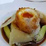 Oeuf mollet frit, sun brioche en pain per du asperges vertes et parmesan EU 22 - incredible!!