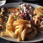 The tasty seafood platter!