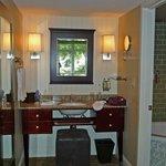 Room vanity