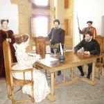 Scène de la signature du contart de mariage d'Henri de la Tour d'Auvergne sous le regard d'Henri