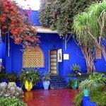 Те самые стены цвета индиго!