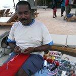 Enzo el Rey de la Playa, lo vereis con su mochila y sus pulseras personalizadas, made by Enzo, I