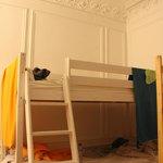"""Dortoir mixte de 6 lits (à côté de la """"quiet room"""")"""