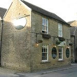 Front of the Pub/B&B