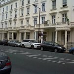 la calle del hotel , lindo barrio