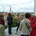 guide Aurelia at an observery platform