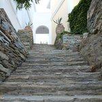 Σκάλα προς τον κήπο-παραλία